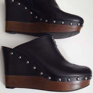 Marc Fisher MF Corky Leather Clogs
